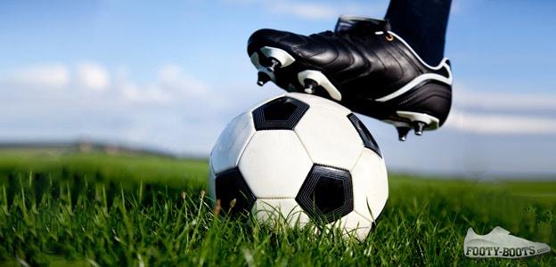 Break-in-football-boots